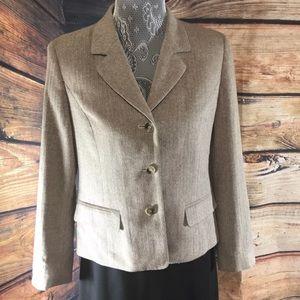Talbots  Petite Blazer. Size 6 . Color Tan/ brown